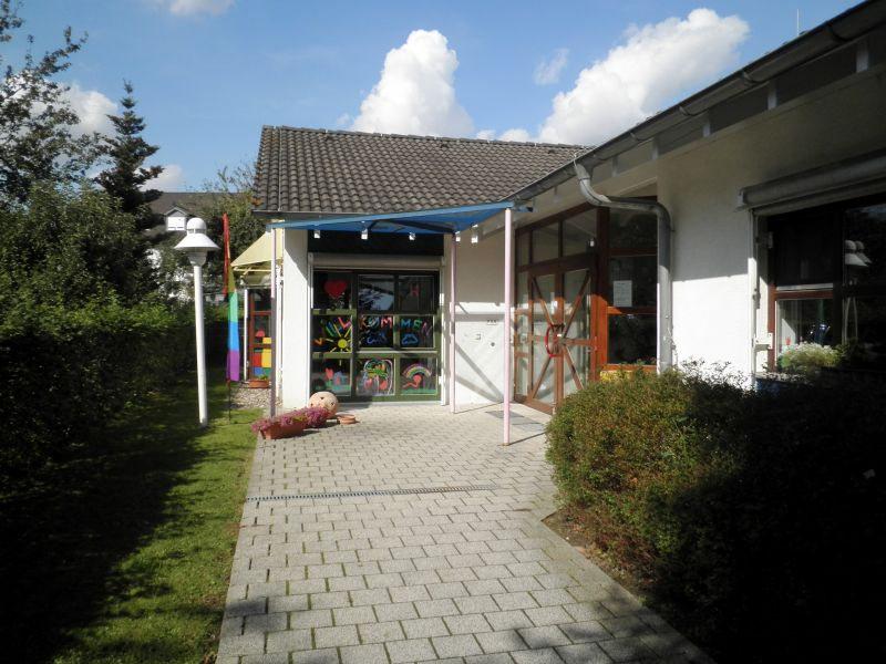 little bird portal day care center st dt kindertageseinrichtung vogelnest 53773. Black Bedroom Furniture Sets. Home Design Ideas