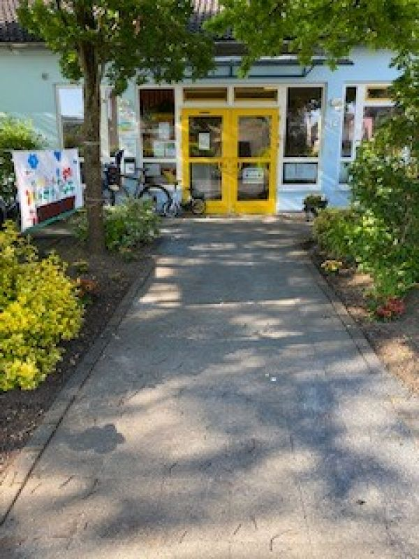 little bird portal day care center st dt kindertageseinrichtung siegpiraten 53773. Black Bedroom Furniture Sets. Home Design Ideas